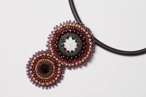 Embroidery mit türkis1